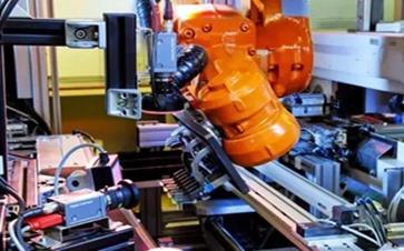 智能工厂实现3C行业真正自动化