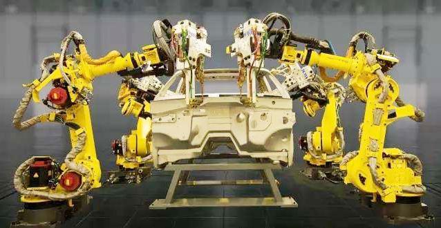 """""""装配机器人""""在制造业中的应用"""