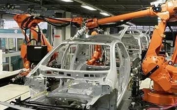 全球工业机器人稳步发展 中国市场马力全开!