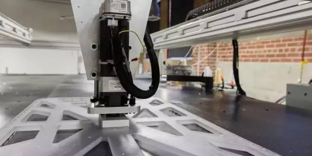 22秒一件,80万件一天的智能服装工厂